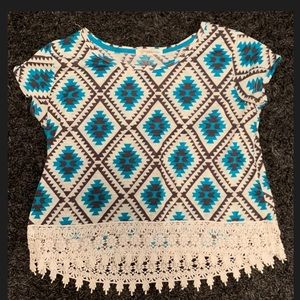 Women's Tribal design Shirt Size Medium